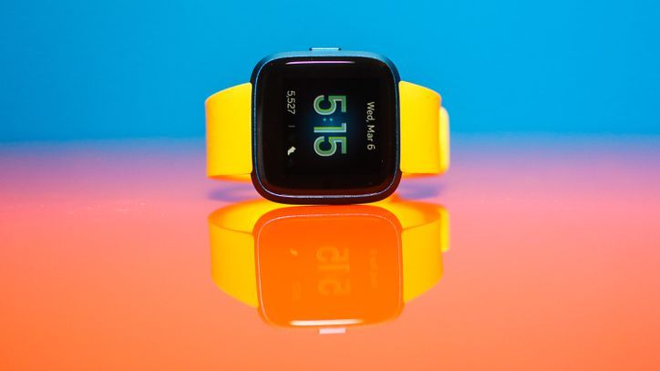 Fitbit Versa Lite vs  Inspire HR vs  Charge 3: Which is best
