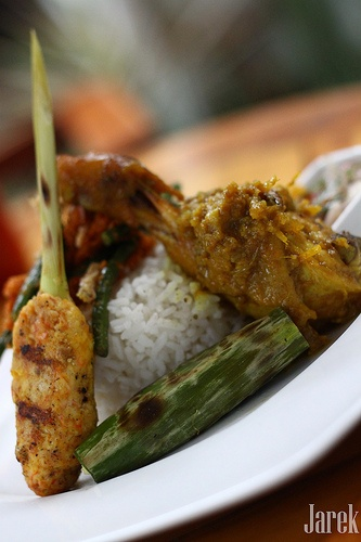 Nasi Campur Bali #Indonesian recipes #Indonesian cuisine #Asian recipes #Asian cuisine http://indostyles.com/