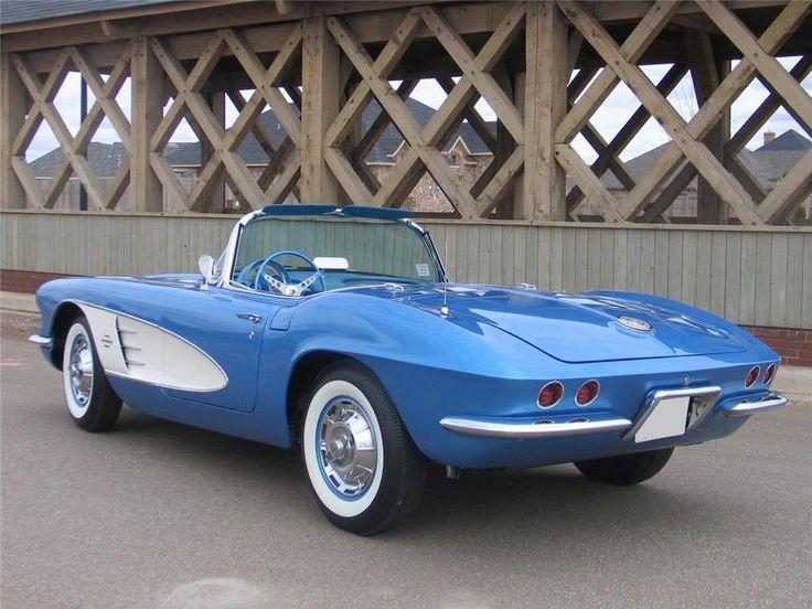 1961 Corvette - jewel blue with white cove