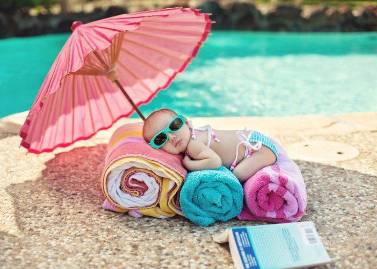 Baby girl Leatherwood sunning at the pool!