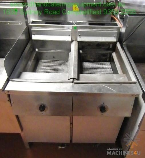 Used Deep Fryer Double Pods for sale - http://www.machines4u.com.au/view/advert/Deep-Fryer-Double-Pods/44920/