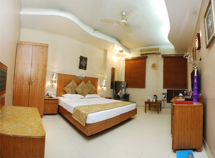 Great savings on hotels in New Delhi, India online. Good availability and great rates. Read hotel reviews and choose the best hotel deal for your stay.