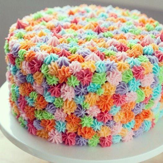 #mulpix Torta crema colores ... Endulzate con @reposteriadulcedetalle ...  #Reposteria  #dulce  #detalle  #los  #mejores  #diseños  #cake  #torta  #crema  #chantillí  #colors  #colores  #design  #sweet  #personalización  #madeindulcedetalle
