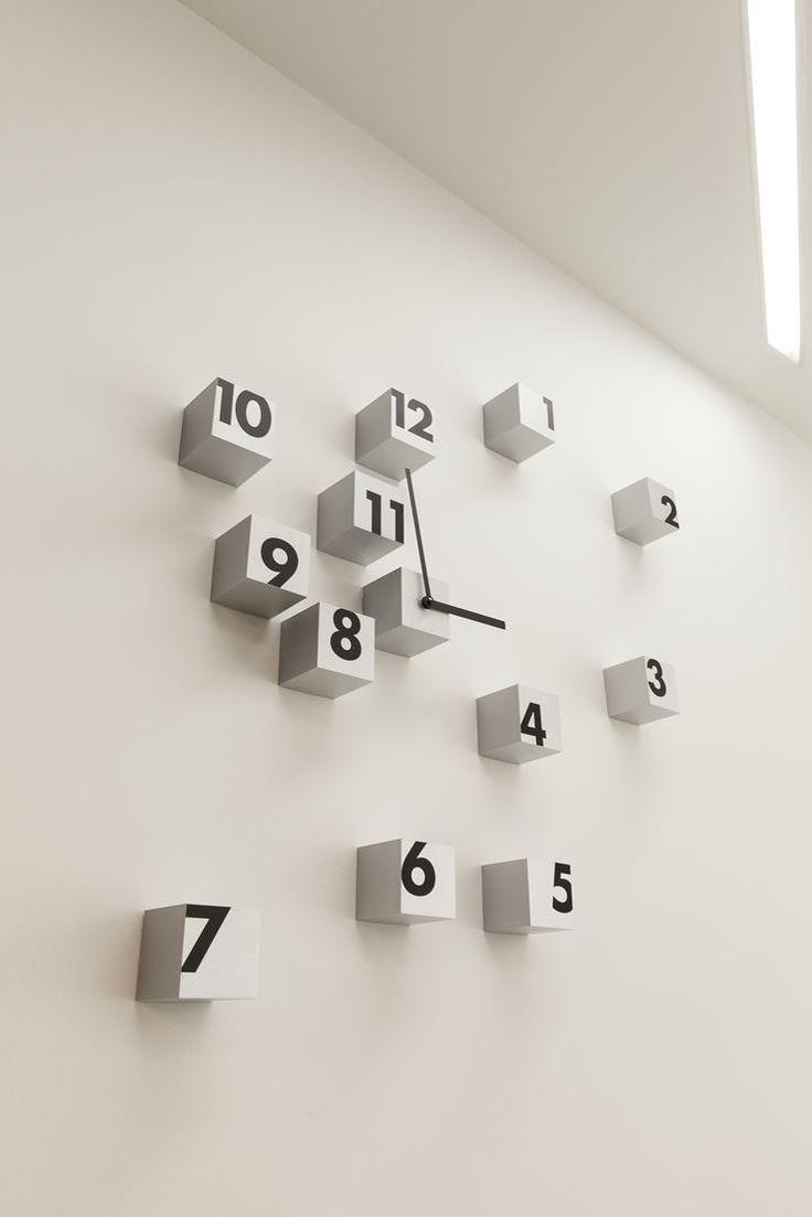 Sabidom Company Office - Cube Clock !