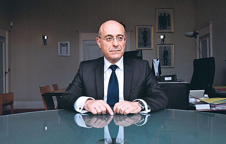 Dans le JDD, Jean-Marc Falcone, directeur de la police nationale, explique comment la menace terroriste est gérée en France en cette période de fête. Surtout après l'attaque contre le marché de Noë...