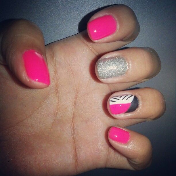 Combination of bright pink, silver and matte!!
