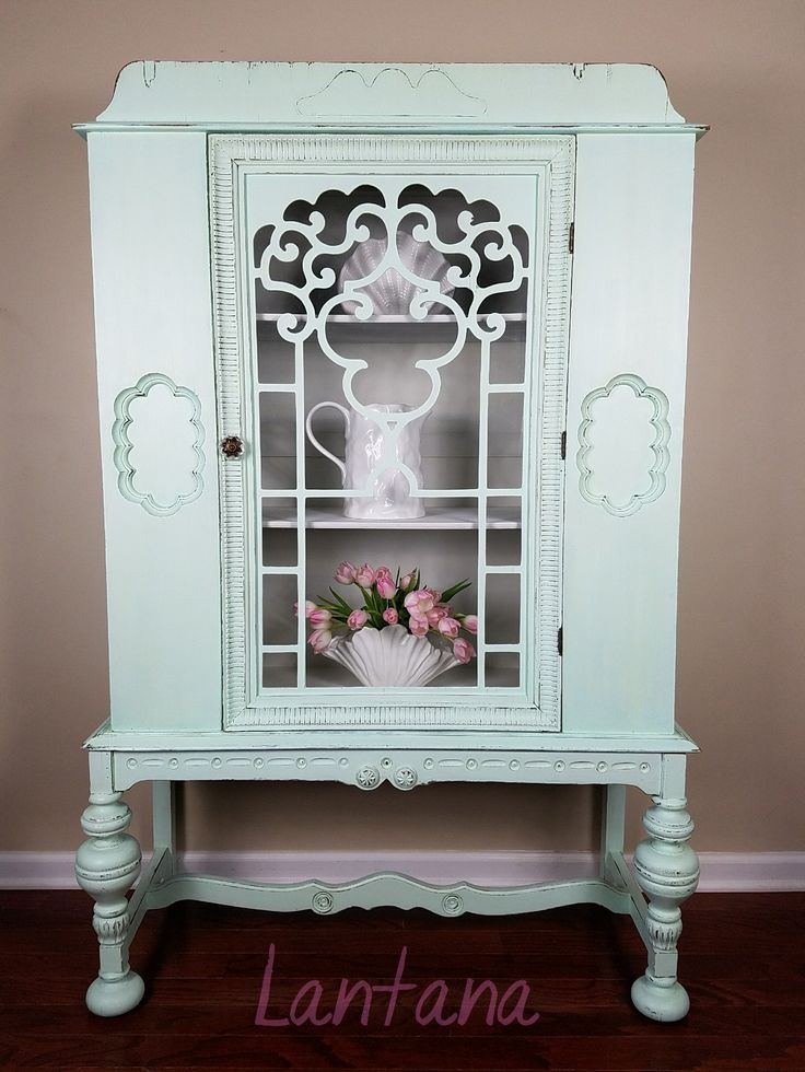 Reloved Reaser China Cabinet.  Fresh and fabulous!  #vintage #china cabinet #terrabella #paintedfurniture #home decor #