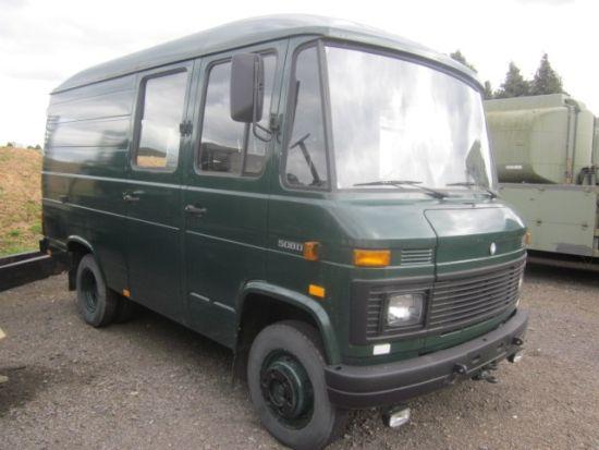 Mercedes 508D cargo van, mil surplus