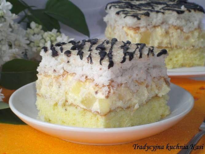 Do weekendowej kawusi polecam pyszne ciasto Hawana. Ciasto to jest jednym z najlepszych ciast jakie jadłam w ostatnim czasie. Beza kokosowa, ananas i rum ...