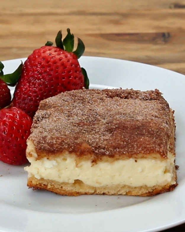 These Cinnamon Sugar Cheesecake Bars Are The Business