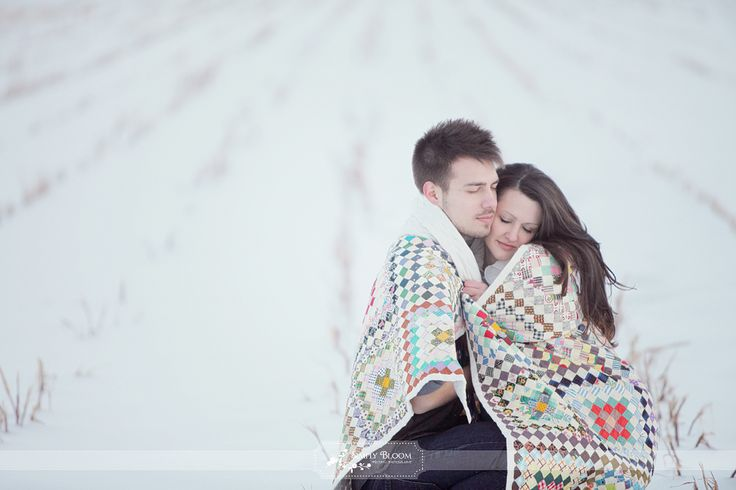 Great idea for winter shoot.  #engagment #photography