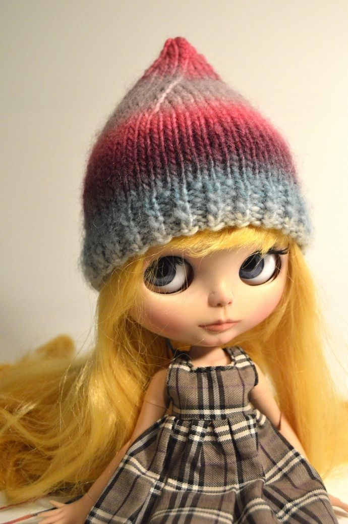 Blythe hat, Blythe knitted pixie hat, Blythe clothing, Blythe, Blythe clothes, Blythe outfit, Blythe accessories, Eclectic Wandering by EclecticWandering, $10.50 USD