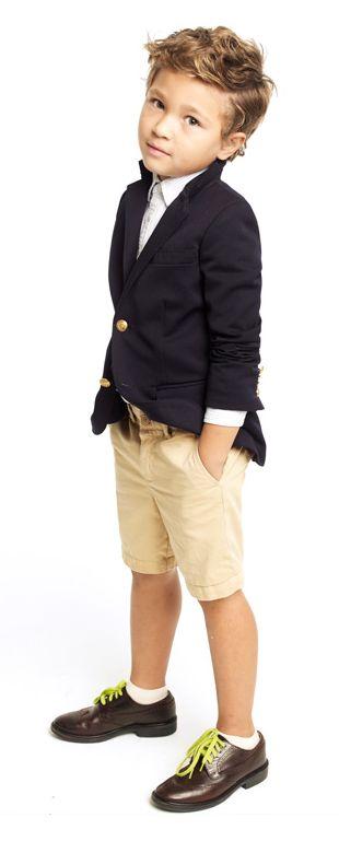 Omg, I would dress my kid like this! Cute.