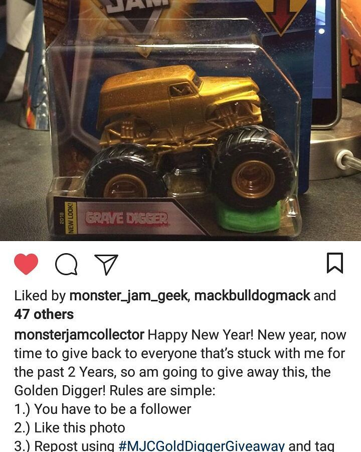This would be so cool to win! You guys should enter if u can! #MJCGoldDiggerGiveaway @monsterjamcollector you rock thanks for this awesome giveaway!  #monsterjam #nascar #f1 #drifting #racing #mechanic #art #legend #wraps #paint #schemes #Indianapolis #gravedigger #cars #trucks #mechanic #indi #wheelie #stunts #backflip #avengence #yeahhhhhhh #christmas