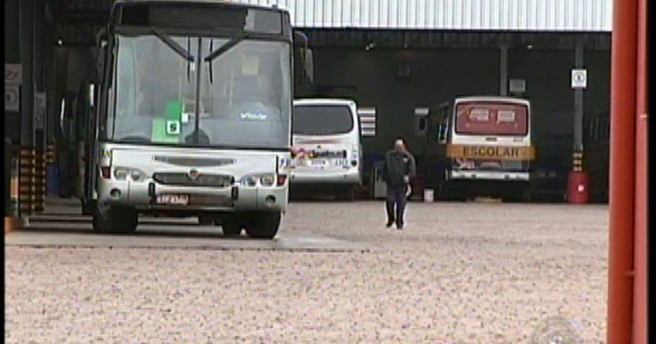 Funcionários de empresa de ônibus de Avaré, SP, entram em greve