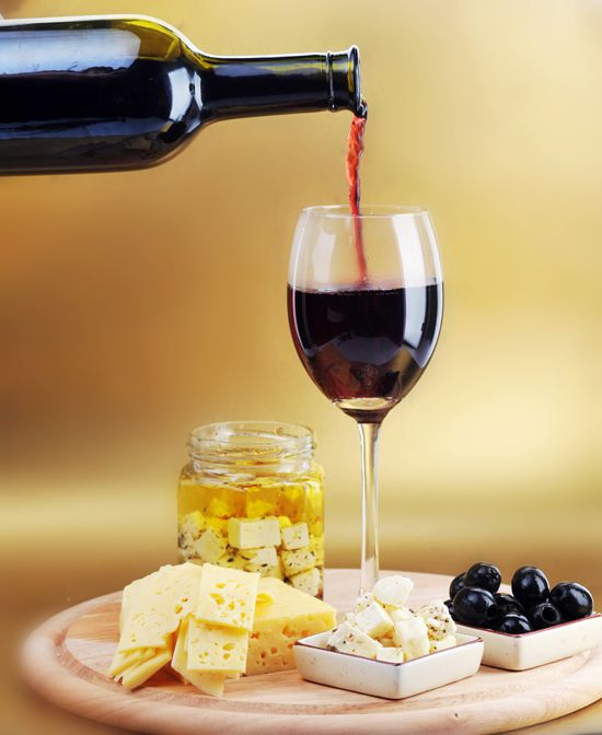How to Pair Red Wine With Cheese