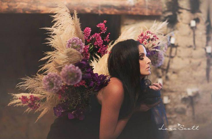 Angel wings www.larascott.co.za
