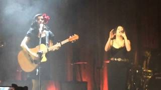 """Amor completo"" - Mon Laferte & Natalia Lafourcade [Metropólitan] - YouTube"
