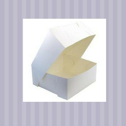Australian made cake boxes. Hinged lids. Made with Milkboard. We have many different sizes. http://ow.ly/ckEQ30dgbil #thepackagingplace #cakes