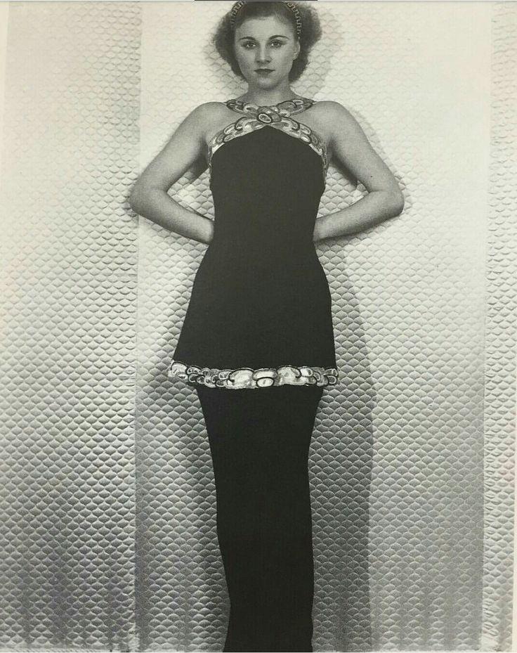 Schiaparelli dress 1935