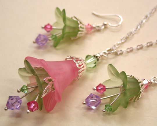 Lovely Lucite earrings and pendant by Jennifer Gibson of Ear Candy! http://www.etsy.com/shop/JensEarCandy