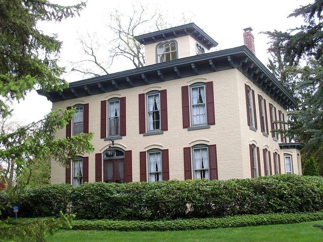 89 best exterior italianate images on pinterest for Italianate homes for sale