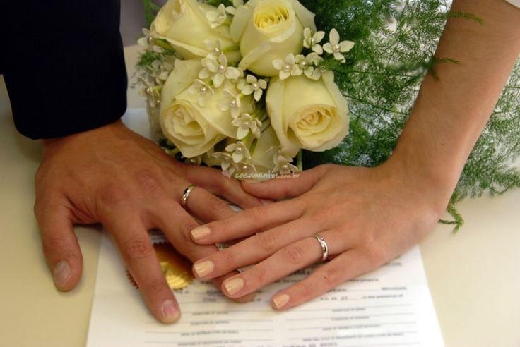 Existem muitos procedimentos para o casamento com efeito civil que muita gente não sabe nem por onde começar. Para facilitar e ajudar os noivos que ainda não deram entrada no cartório elaboramos um guia prático.