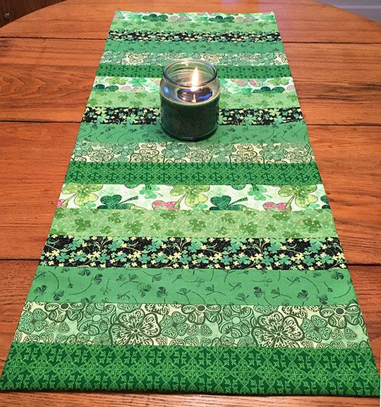 Simple St. Patrick's Day Table Runner