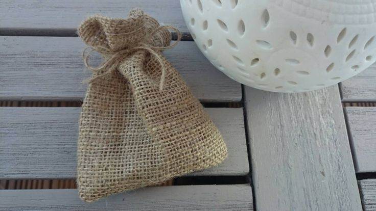 25 x small hessian bags for parties wedding favours