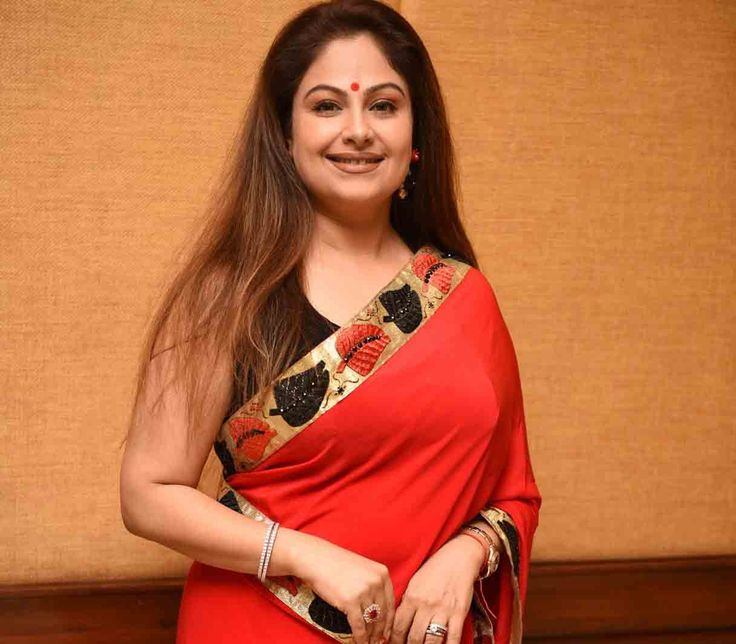 Ayesha Jhulka Net Worth Biography Height Weight Age