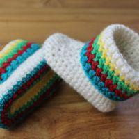 Kleurrijke babyslofjes voor jongens en meisjes