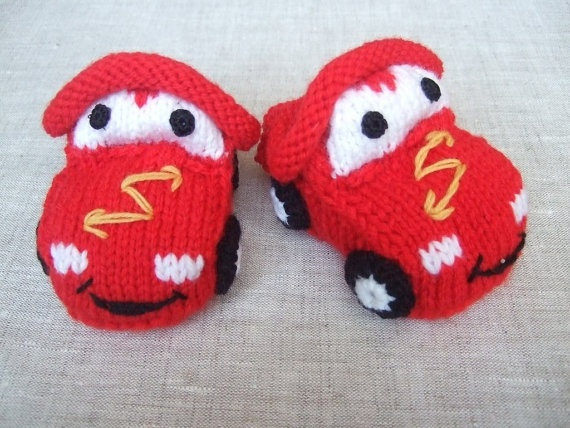 0-3 months hand knitted baby booties 'Cars'
