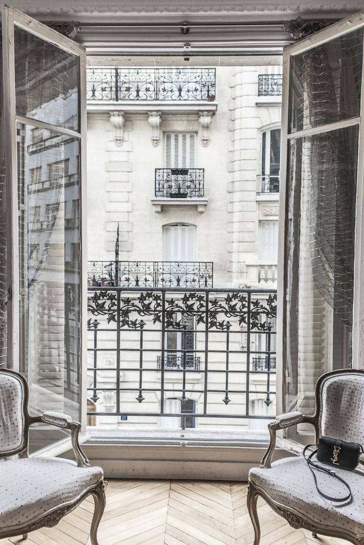 Details in a Paris apartment....