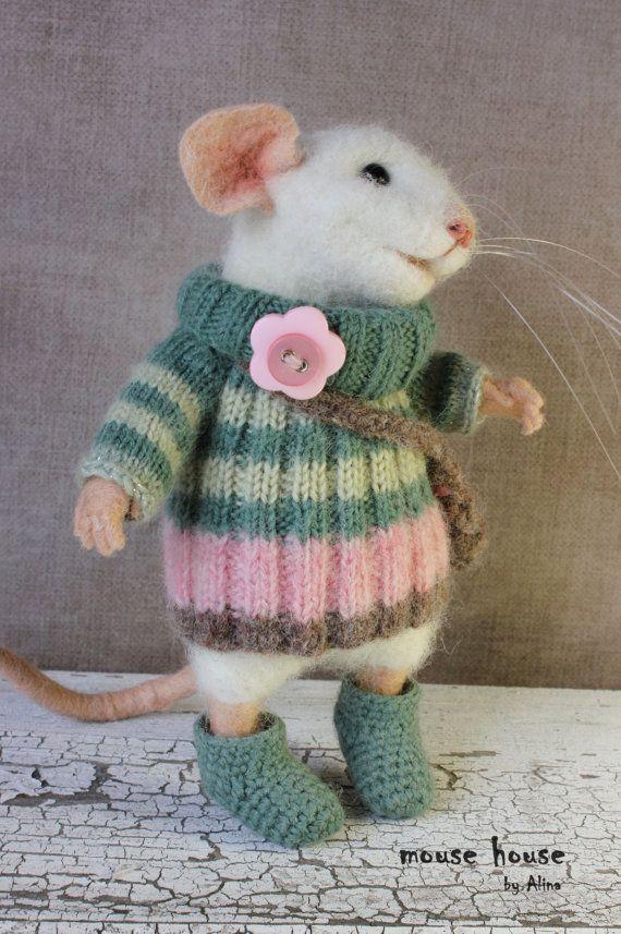 Maus in Stiefel, weiße Maus, Nadel gefilzte Maus, süße Filz gefilzt Tier, weiche Skulptur, Eco Spielzeug, Kunst-Puppe