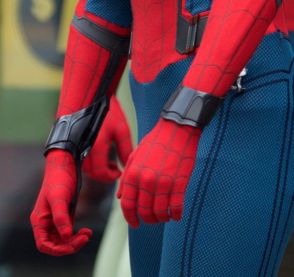 Get A Closer Look At Spidey's Web-Shooters With This New SPIDER-MAN: HOMECOMING