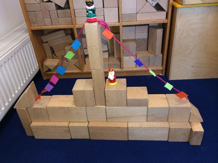 Een stoomboot bouwen in de bouwhoek