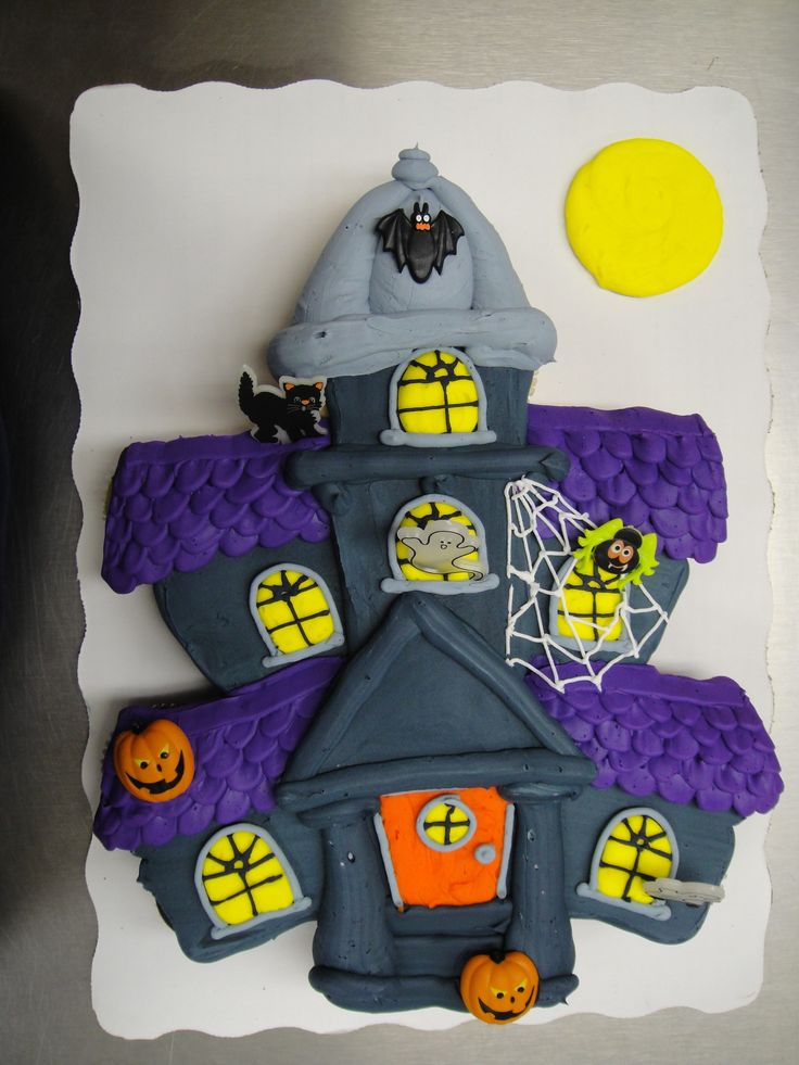Haunted House Cupcake Cake Cupcake Cake Made With 24