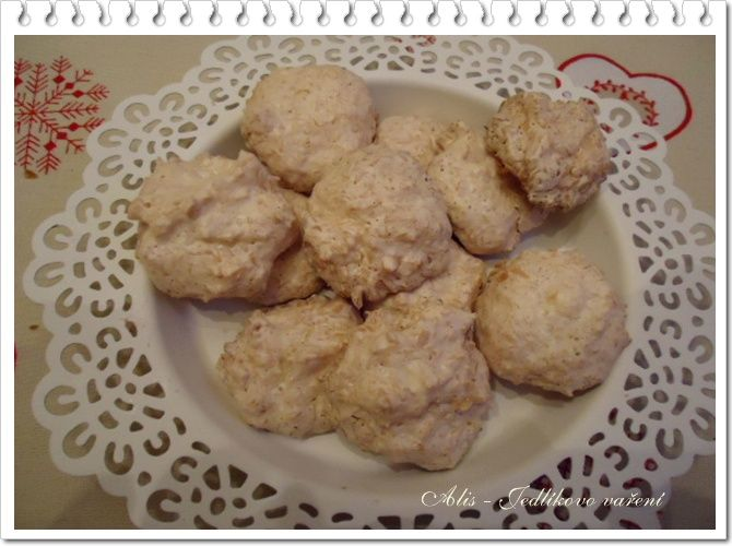 Jedlíkovo vaření: Cukroví - bílkové kokosky  #xmas #christmas #baking #cukrovi #vanoce #kokos #kokosky