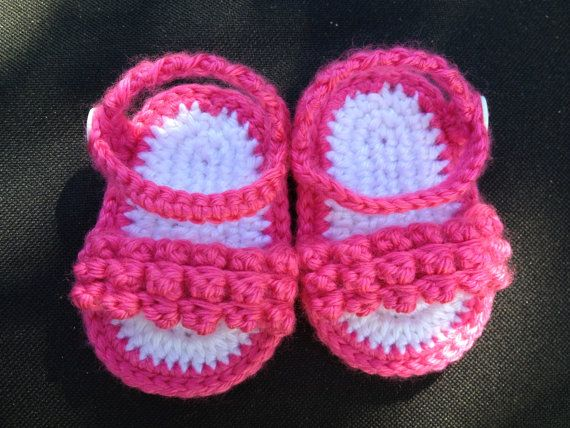 Pink Crochet Baby Sandals Size 03 Months by younstitches on Etsy