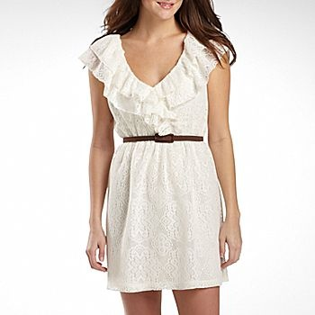 gfh: Summer Concerts, Lace Ruffles, Junior Lace, Ruffles Belts, White Lace Dresses, Belted Dress, Cowboys Boots, Cute Summer Dresses, Belts Dresses