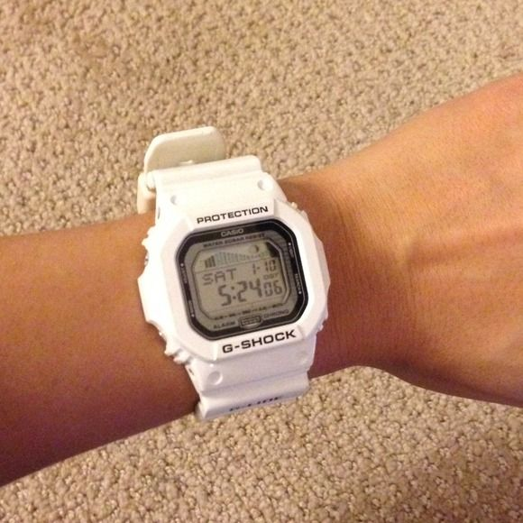 White Casio G Shock Excellent condition - white Casio G-Shock.  Water resistant.  Seen online and in stores for $120 Casio Accessories