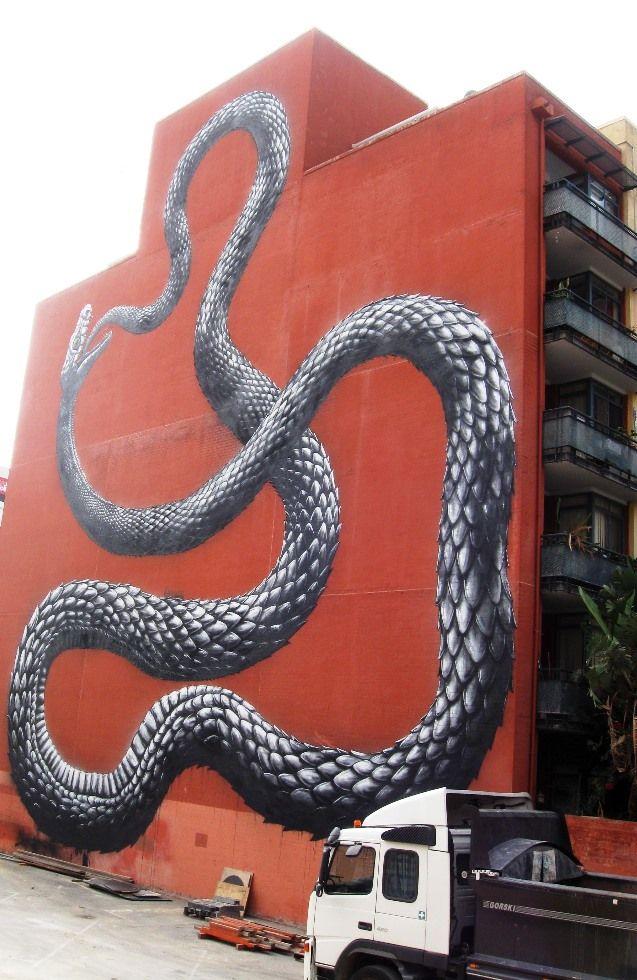 Wall mural, ROA, 2014, pic by Gail Robinson