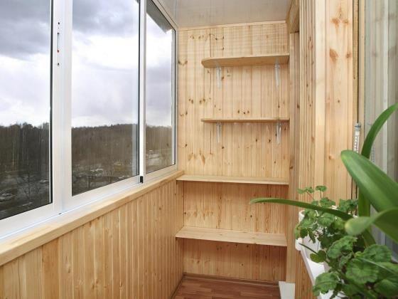 Дизайн балкона в квартире маленького