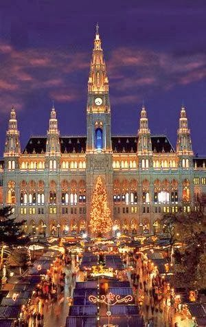 Vienna!  (Via Eddy Benz on Pinterest)