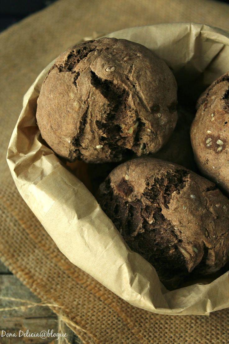 Dona Delícia - Atelier de Sabores: Pão de Alfarroba e Sementes com Batido de Maçã e Cenoura para acompanhar