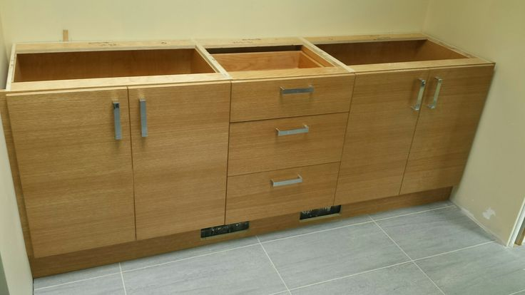 Installed this vanity in Vancouver. Riff cut oak, Dovetail drawer boxes in a plywood case.