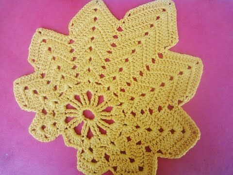 Free Maple Leaf Potholder Crochet Pattern : 16 best images about agarradores on Pinterest Crochet ...