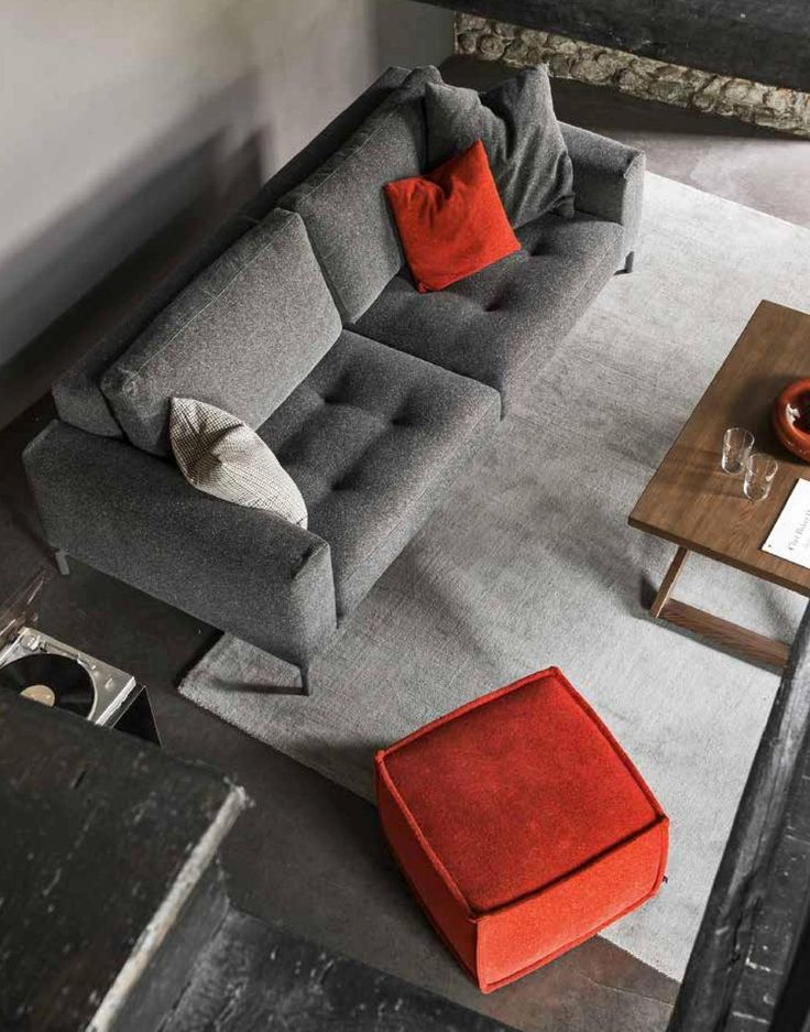 What happens in Vegas stays in Vegas. We guarantee that you will not want to get up from this LAS VEGAS chair by Calligaris!