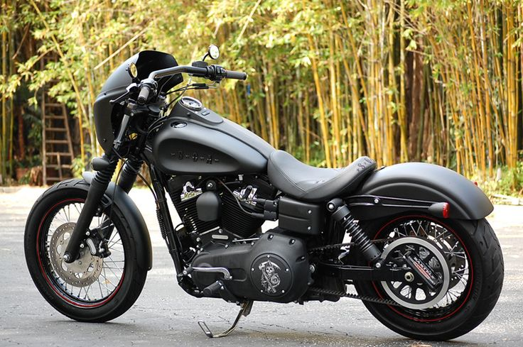 Licensed Limited Edition Sons of Anarchy Harley-Davidson Motorcycle – Customized 2010 HD Street Bob