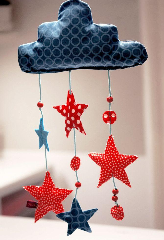 Sterne-Wolken-Mobile Nähanleitung  stoffe.de DIY  Pinterest